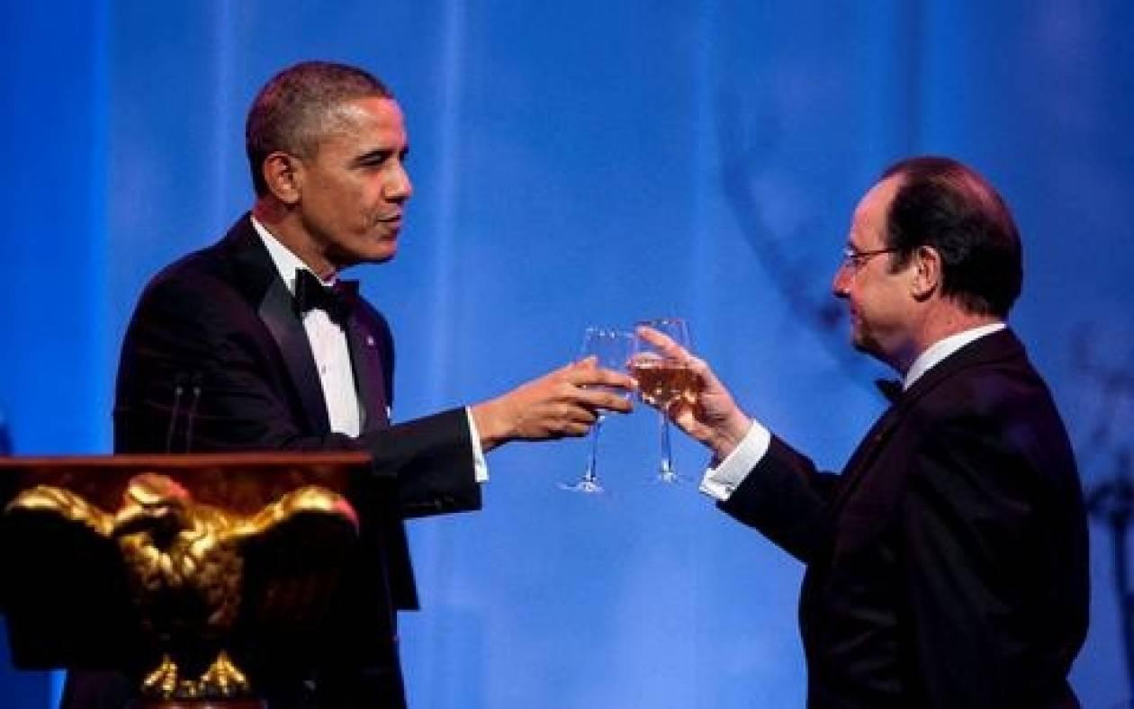 Μέσα στη χλιδή το δείπνο στον Λευκό Οίκο προς τιμή του Ολάντ