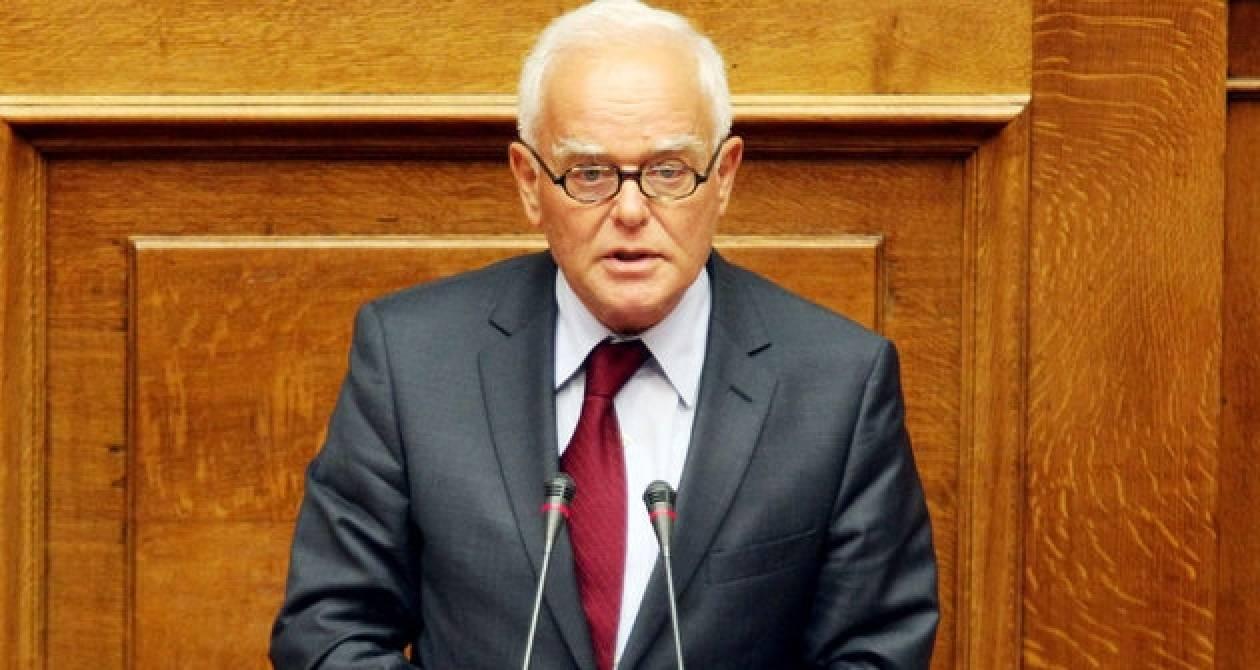 Ο Μανιτάκης κατά του Σταυρού για τις ευρωεκλογές