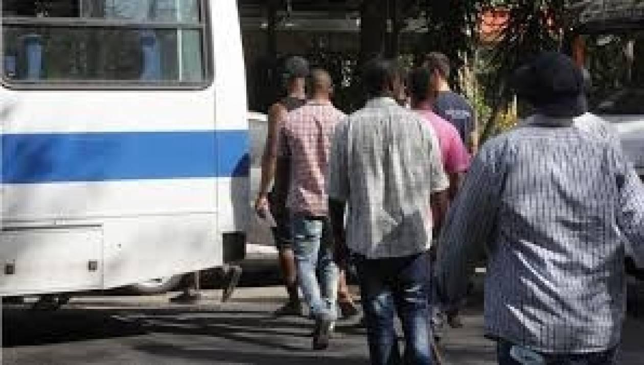 Συνέλαβαν 39 παράνομους μετανάστες στη Σάμο
