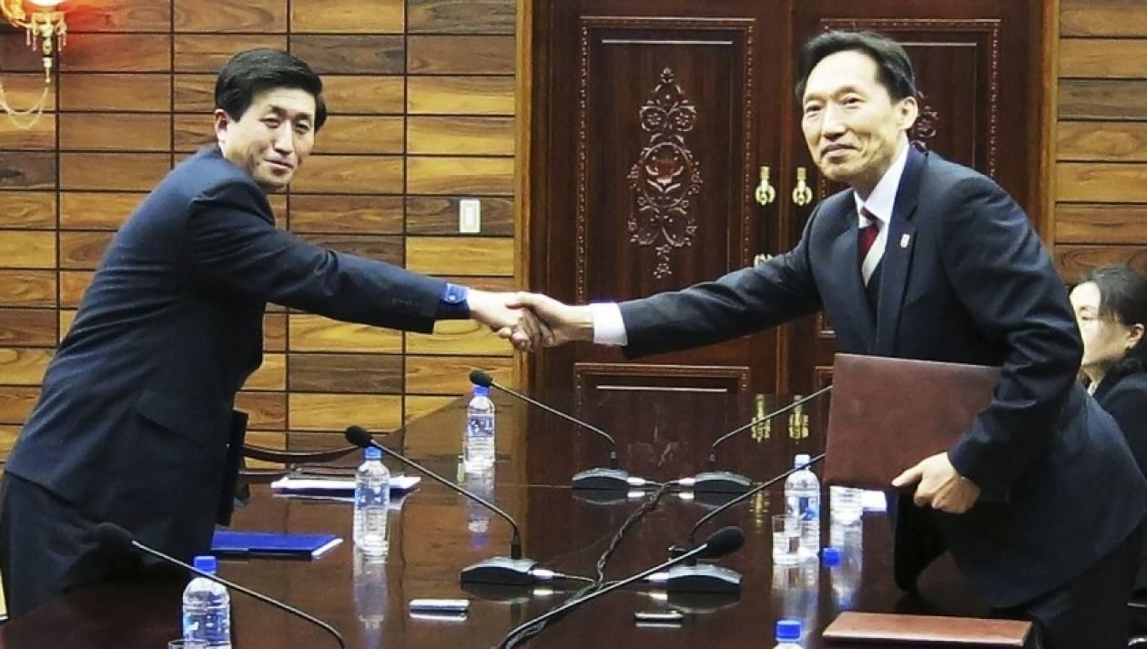 Στο τραπέζι των διαπραγματεύσεων Βόρεια και Νότια Κορέα