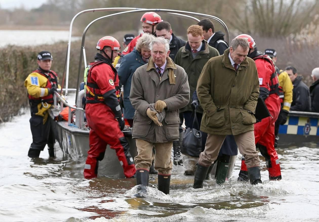 Θα ζητήσει η Βρετανία οικονομική βοήθεια από την ΕΕ για τις πλημμύρες;