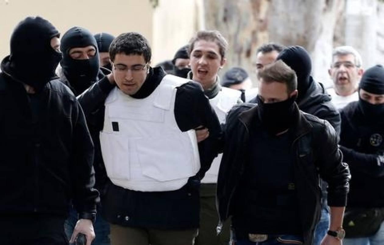 Hurrieyt: Αναζητείται ακόμα ένας Τούρκος για τρομοκρατία στην Αθήνα