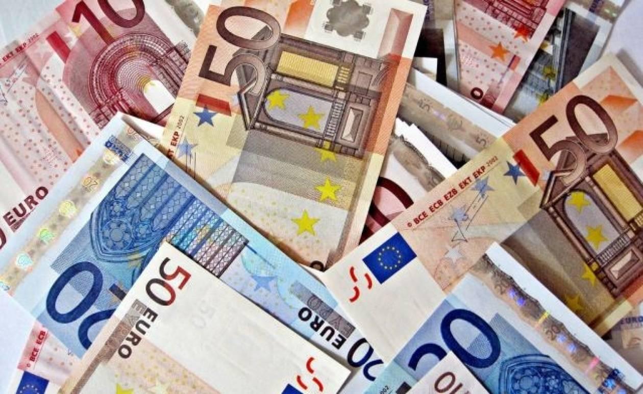 ΤΩΡΑ: Σύσκεψη για τα φορολογικά πρόστιμα στο υπουργείο Οικονομικών