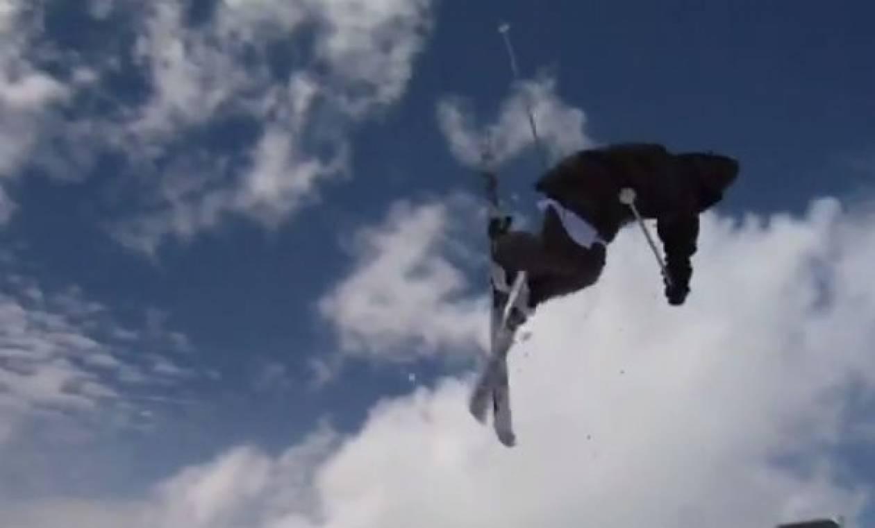 Αυτός ο σκιέρ είναι μόλις 14 χρονών και... «πετάει»!