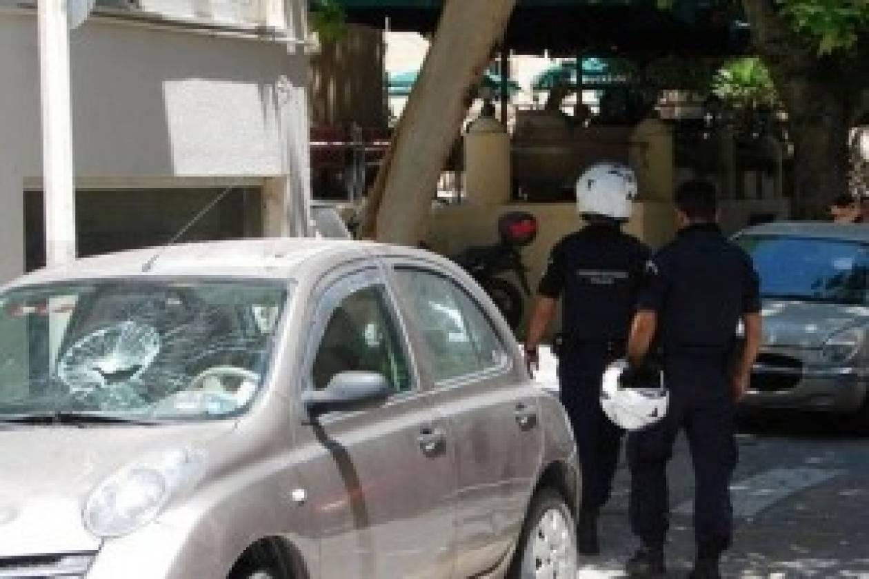 Σοβαρά επεισόδια στη Ρόδο - Υπό πολιορκία ο δήμαρχος (vid)
