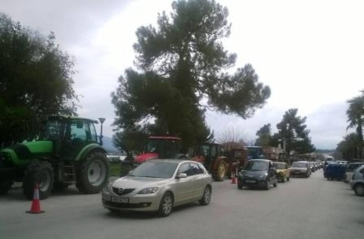 Ηγουμενίτσα: Σε παράταξη τρακτέρ και αστυνομία…
