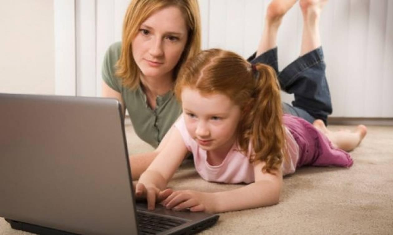 Σήμα κινδύνου από παιδοψυχιάτρους για εθισμό των νέων στο διαδίκτυο
