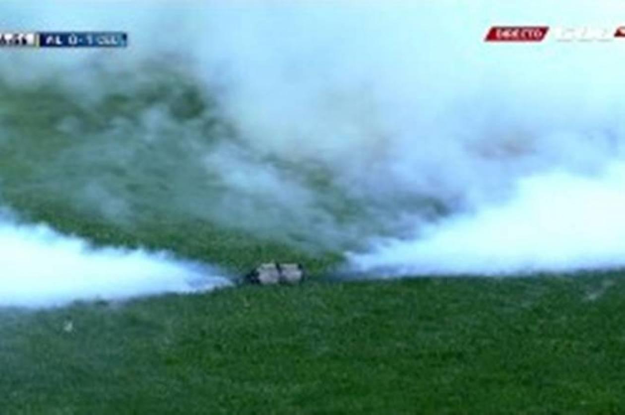 Διακοπή λόγω δακρυγόνου στο «Μαδριγάλ» (video)