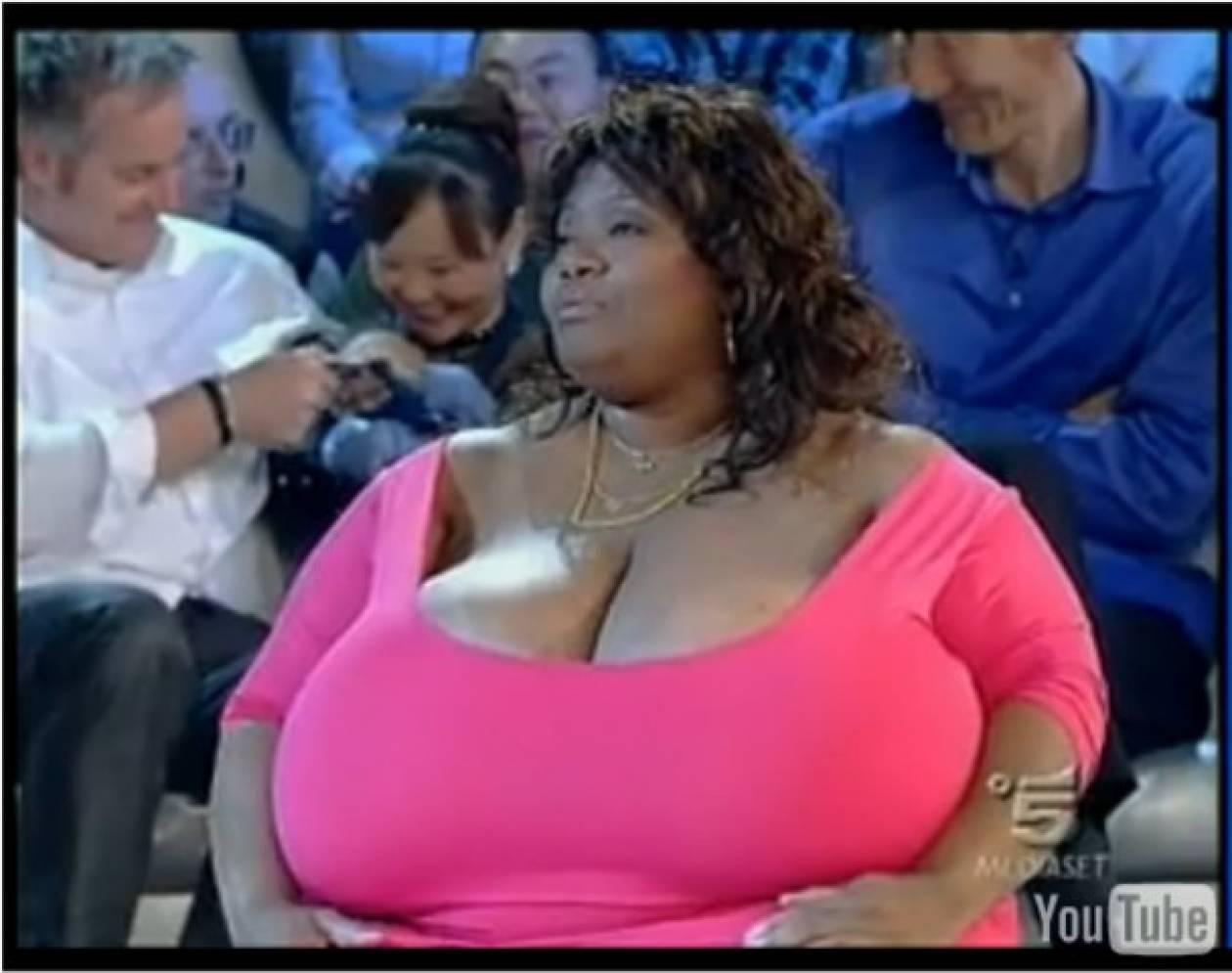 Η γυναίκα με το μεγαλύτερο (φυσικό) στήθος στον κόσμο! (vid)