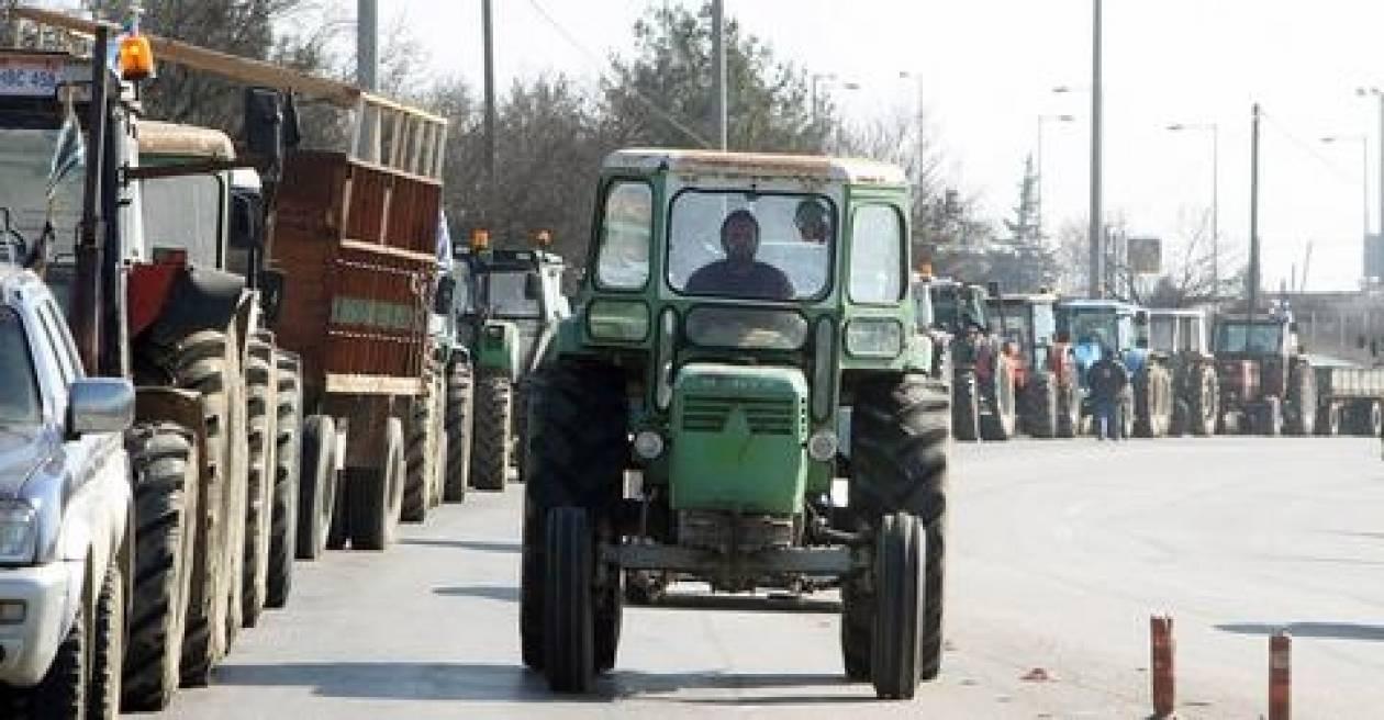 Συνεχίζουν τις κινητοποιήσεις οι αγρότες στη Β. Ελλάδα