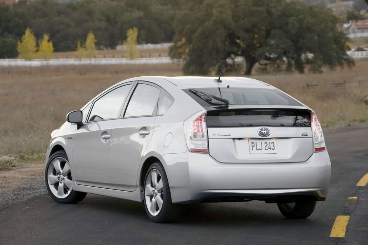 Την ανάκληση αυτοκινήτων TOYOTA Prius για έλεγχο ανακοίνωσε η ΓΓΚ