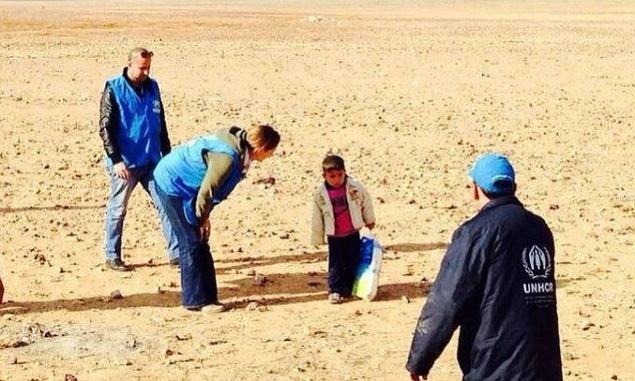 4χρονος βρέθηκε να περιπλανάται μόνος του στην έρημο (pics)
