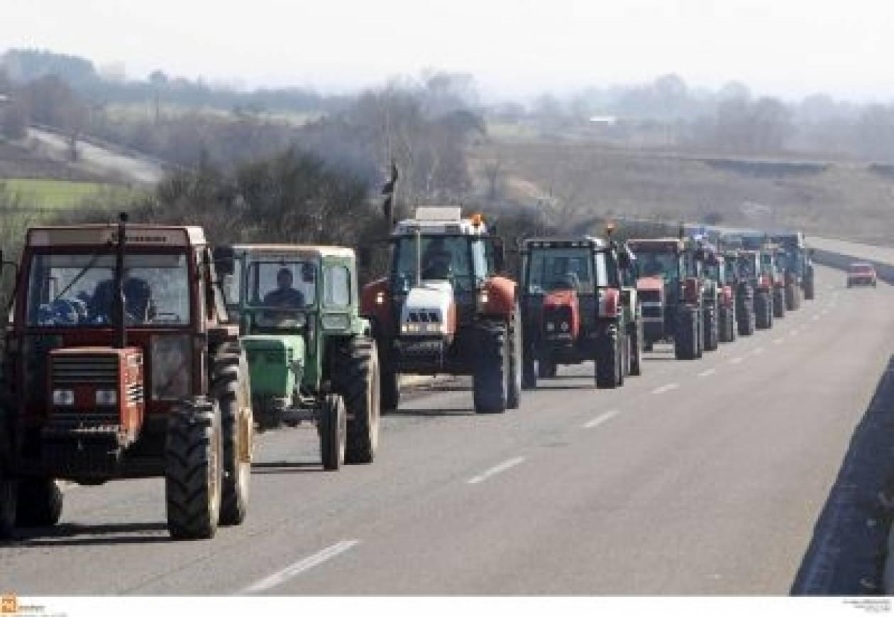 Σέρρες: Αγρότες απέκλεισαν την Εγνατία
