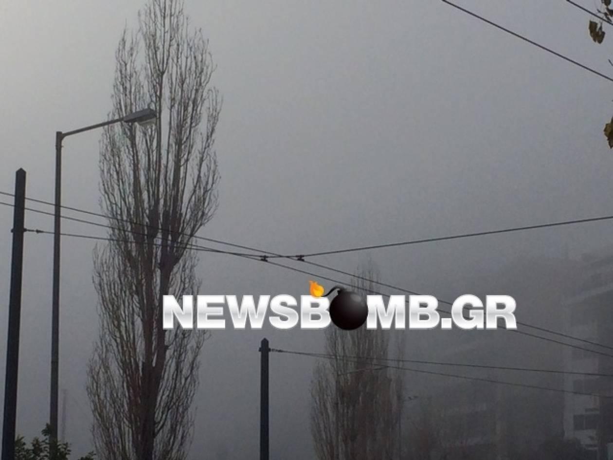 «Τοπίο στην ομίχλη» ο Πειραιάς (pics+video)