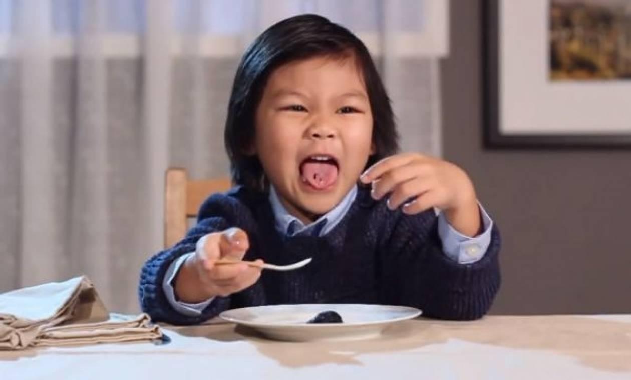 Όταν τα παιδιά αποδομούν τη gourmet κουζίνα...