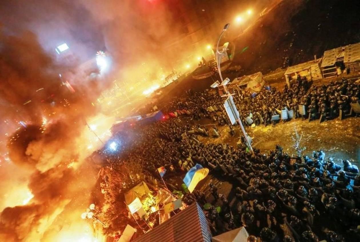 Ρωσία: Παρακολουθούμε, αλλά δεν επεμβαίνουμε στην Ουκρανία