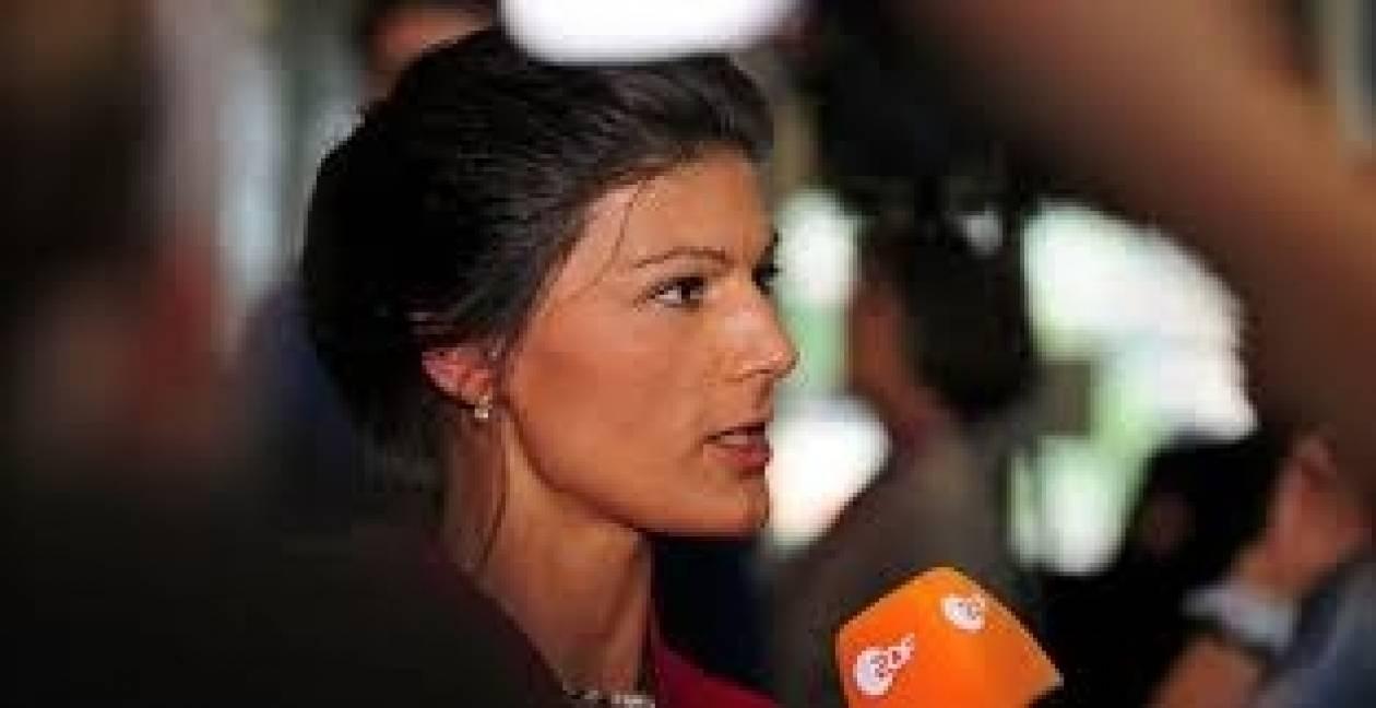 Βάγκενκνεχτ: «Η Ελλάδα έχει χρεοκοπήσει»