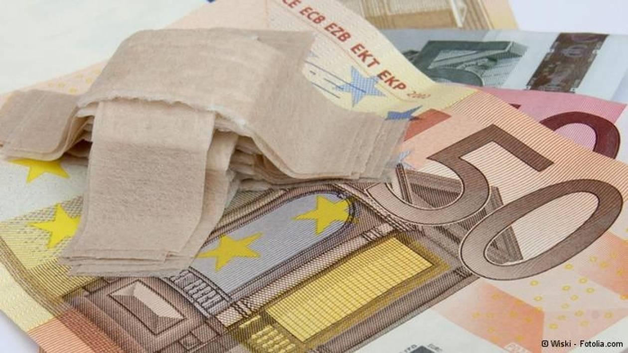 Handelsblatt: Ακόμη και η Ελλάδα ελπίζει σε επιστροφή στις αγορές...