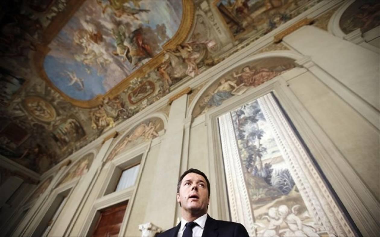 Ιταλία: Πρώτη αρνητική δημοσκόπηση για τον Ματέο Ρέντσι