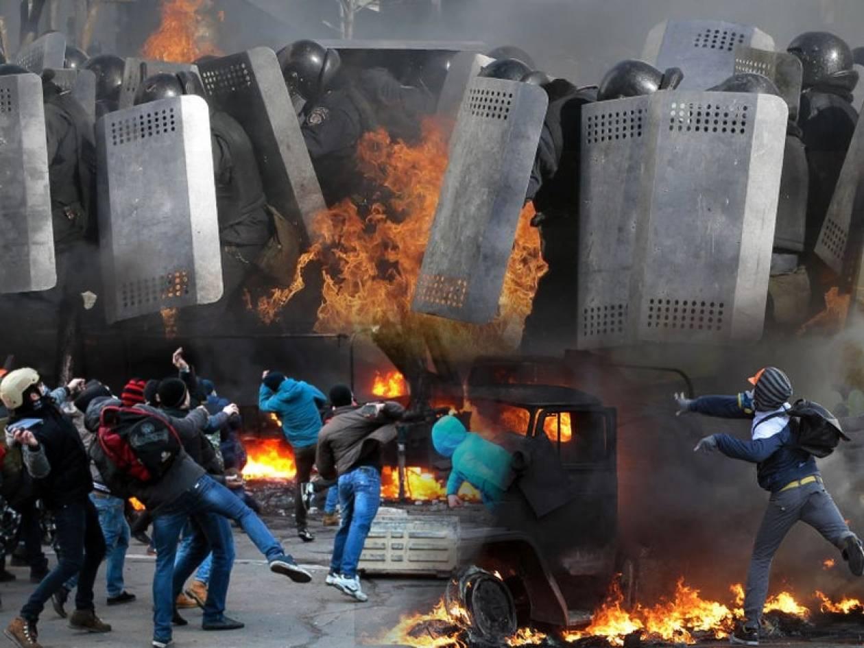 Σκηνικό εμφυλίου στην Ουκρανία  (pics+video)