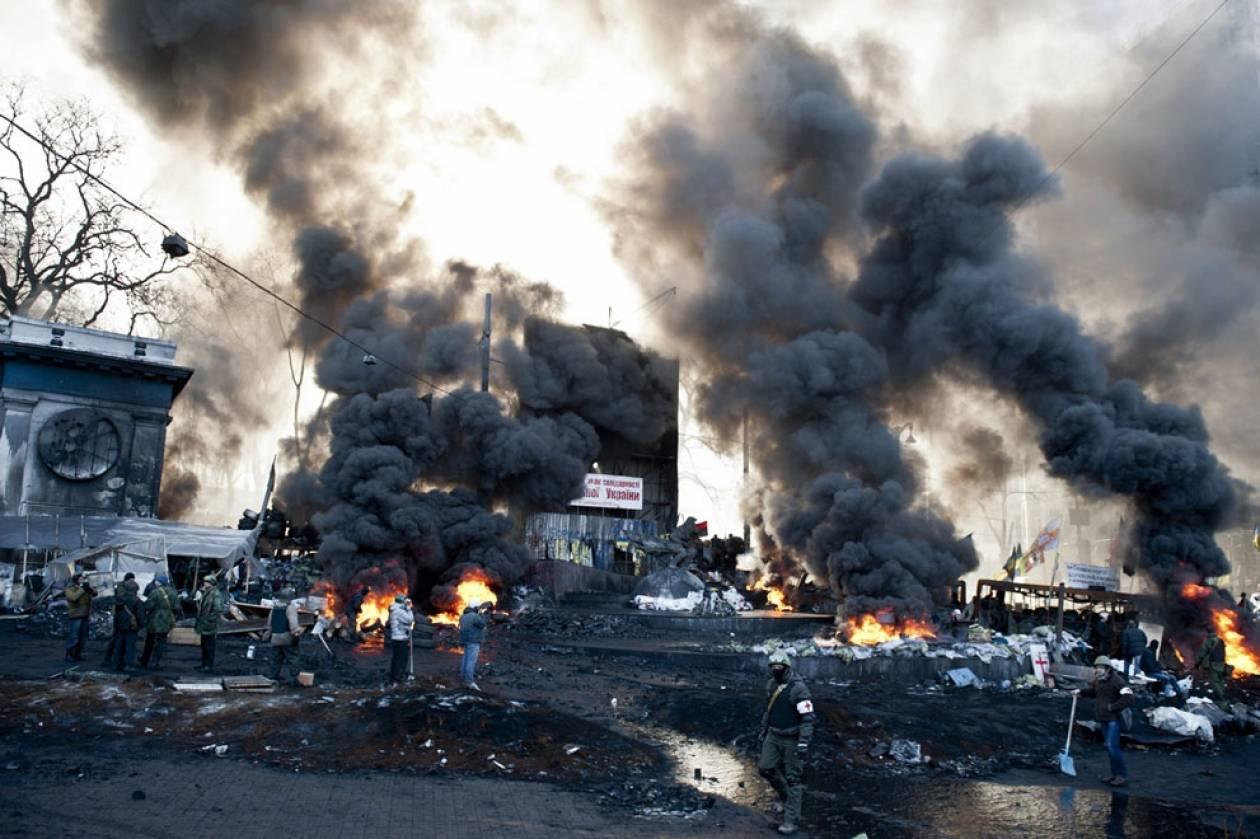 ΗΠΑ: Απαγορεύουν τη χορήγησης βίζας σε 20 ουκρανούς αξιωματούχους