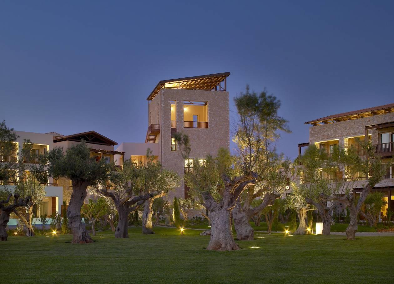 Yποδεχθείτε την άνοιξη στο The Westin Resort Costa Navarino!