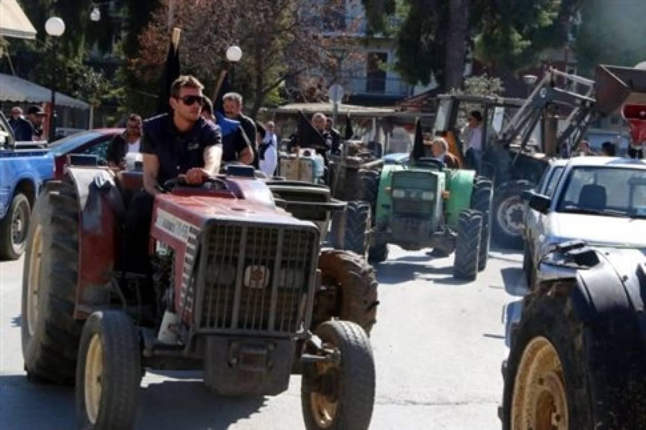 Συνάντηση αγροτών με τον υπουργό Μακεδονίας-Θράκης
