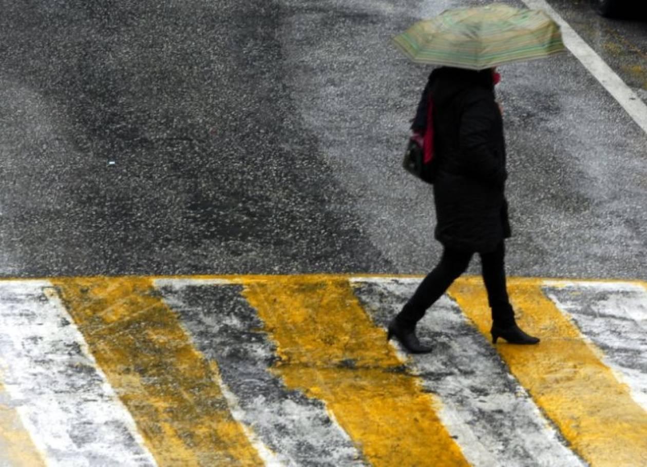 Νεφώσεις και τοπικές βροχές την Παρασκευή