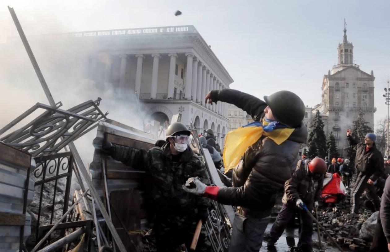 Ουκρανία: Αιχμάλωτοι των διαδηλωτών 67 αστυνομικοί