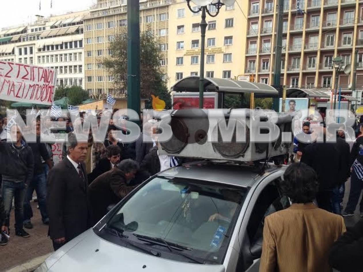 Συγκέντρωση διαμαρτυρίας από Ρομά – Θέλουν να δουν τον Σαμαρά