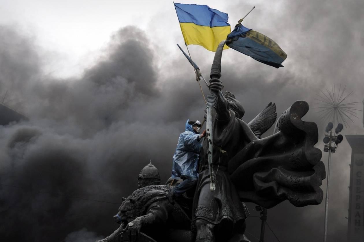 Η ΕΕ αναμένει την υπογραφή σήμερα «προσωρινής» συμφωνίας στο Κίεβο