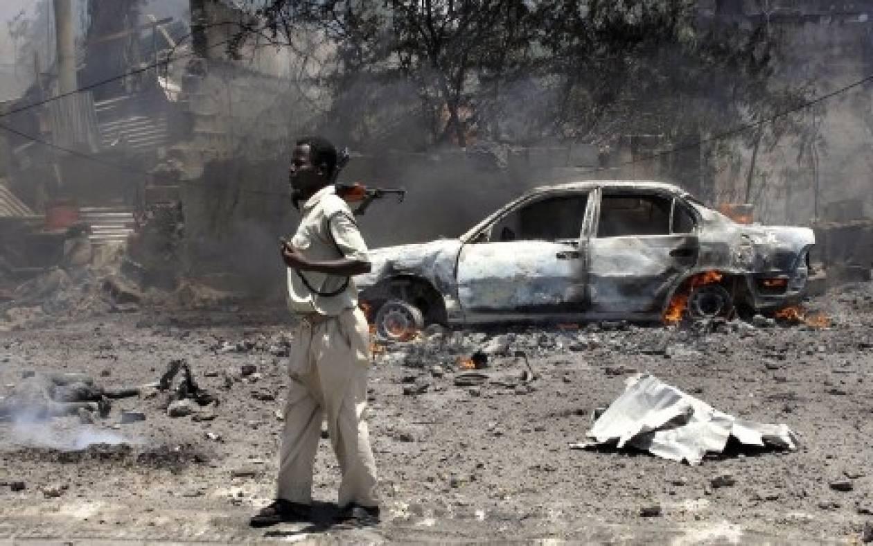 Σομαλία: Επίθεση στο προεδρικό μέγαρο - σώος ο πρόεδρος