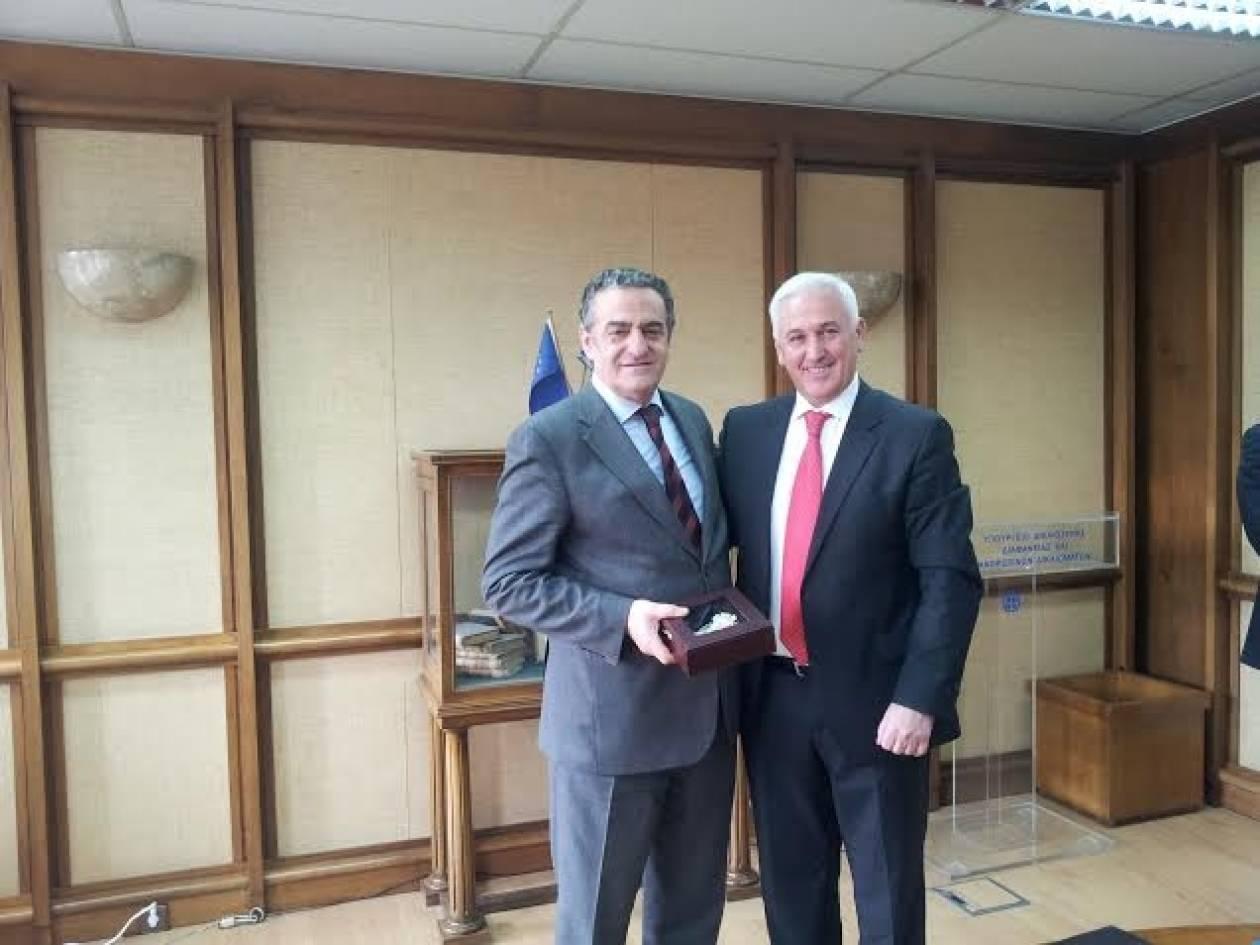 Σύσταση κοινής επιτροπής για τη μεταφορά Αλβανών κρατουμένων