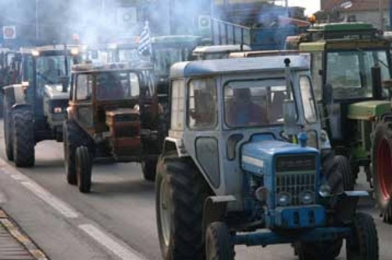 Έξω από την Περιφέρεια Πελοποννήσου οι αγρότες