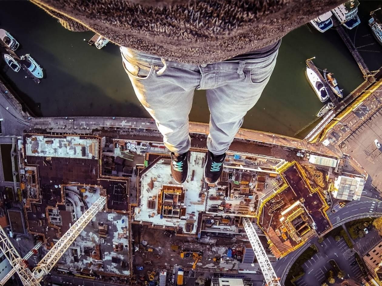 CRANE CLIMB: Η νέα επικίνδυνη μόδα που σπάει τα ταμεία