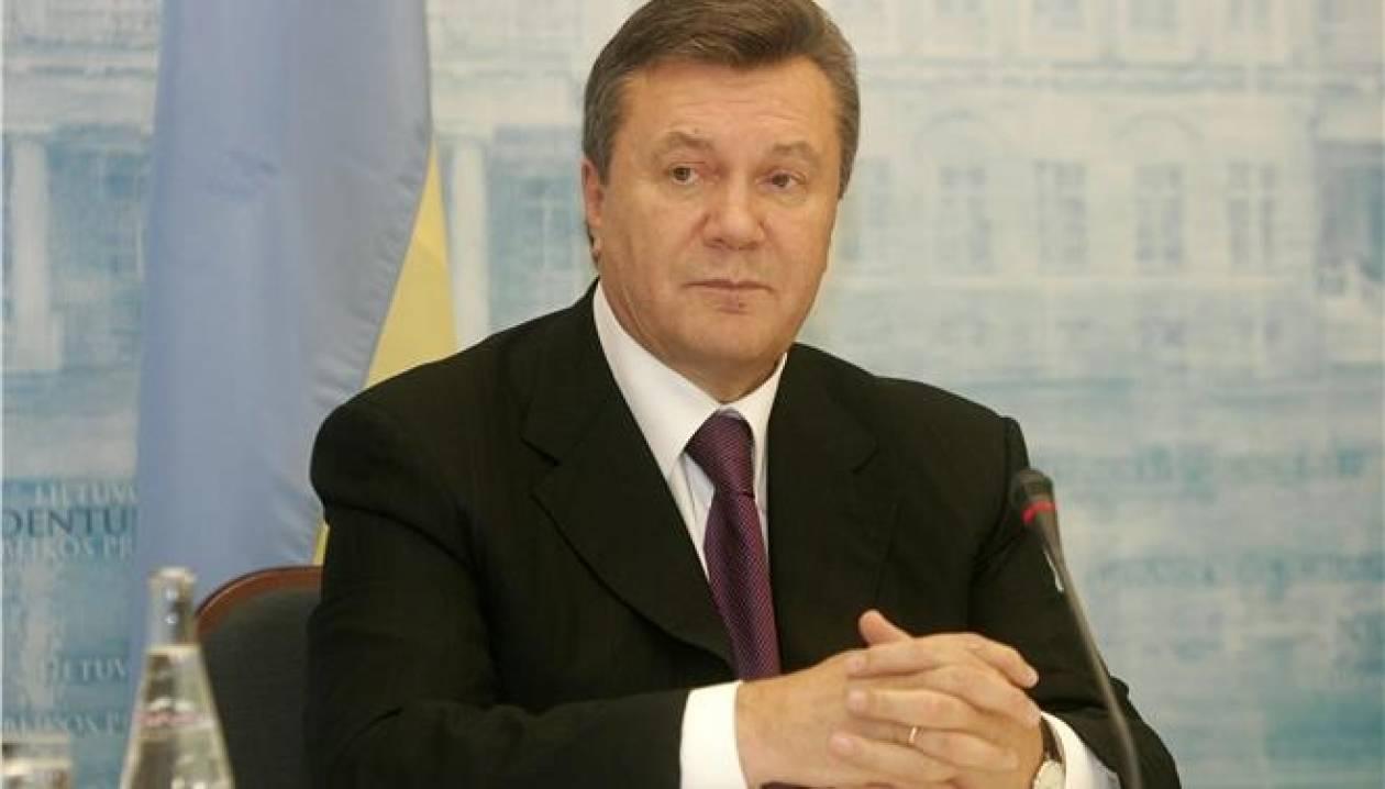 Έκτακτο: O Bίκτορ Γιανουκόβιτς εγκατέλειψε το Κίεβο
