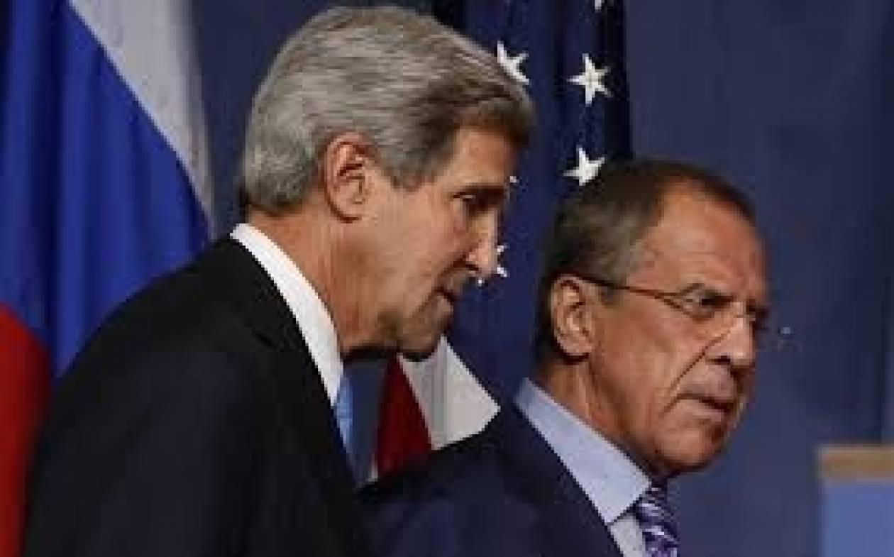 Λαβρόφ προς Κέρι: Η συμφωνία για την ουκρανική κρίση, απειλείται
