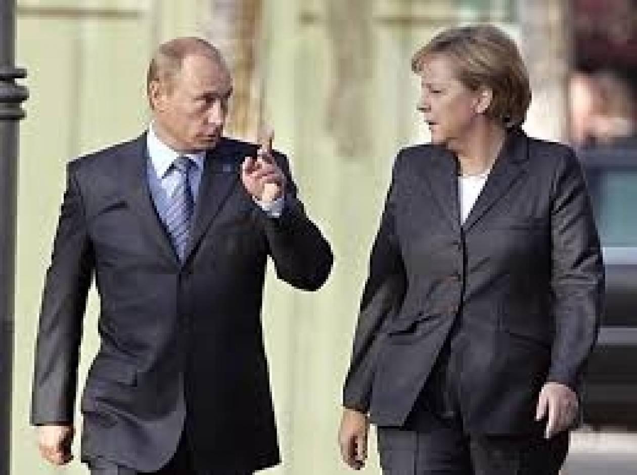 Μέρκελ και Πούτιν: Να διαφυλαχθεί η ακεραιότητα της Ουκρανίας
