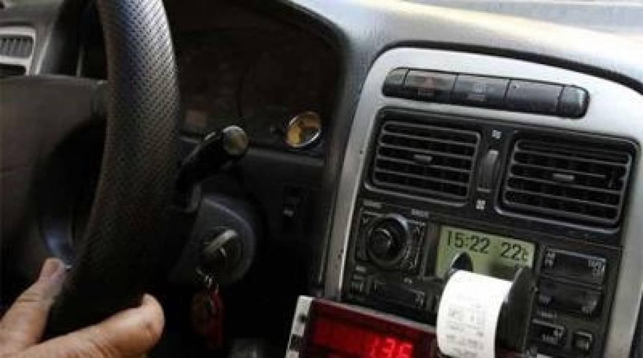 Πατήσια: Κυκλοφορούσε με πειραγμένο ταξίμετρο