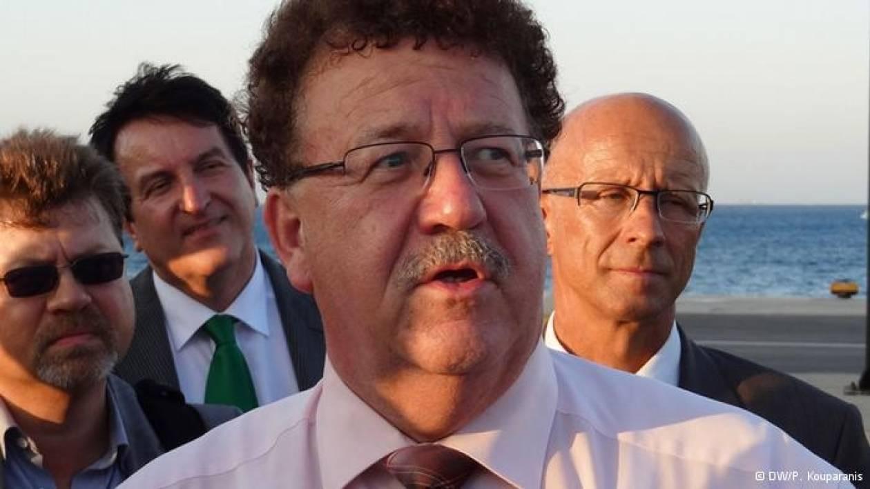 Die Presse: «Οι Έλληνες και ο Γερμανός Φούχτελ»