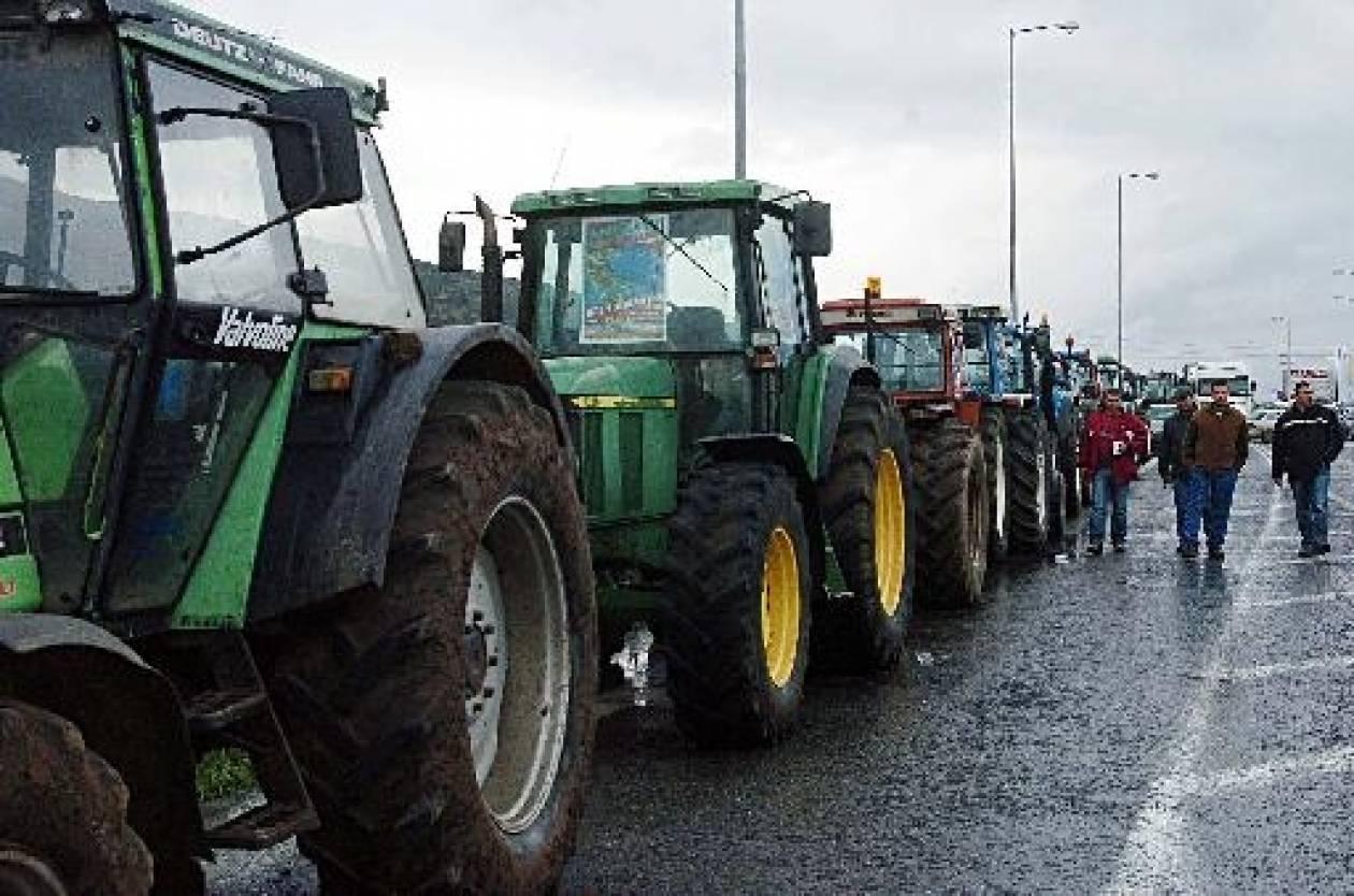 Σπάρτη: Συγκέντρωση αγροτών στην κέντρικη πλατεία