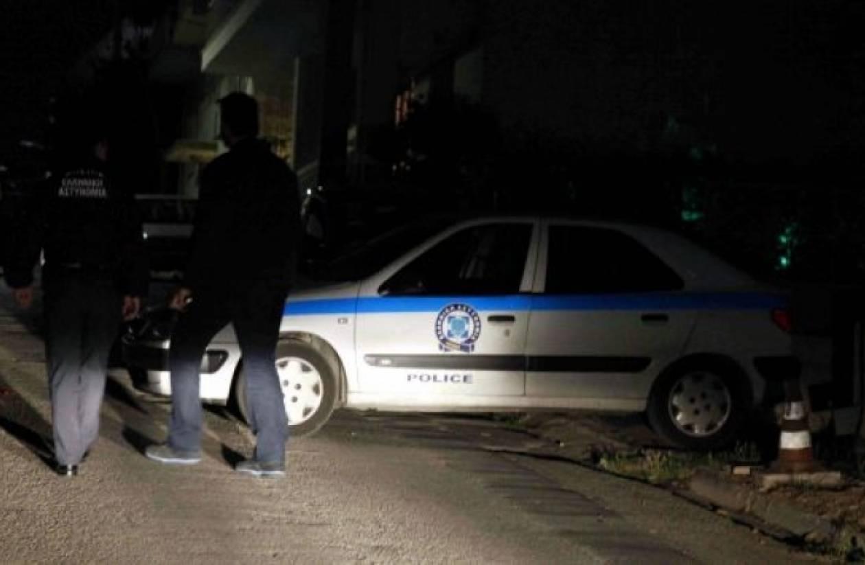 Λιβαδειά: Μπήκαν σε ξενοδοχείο με όπλο και μαχαίρι