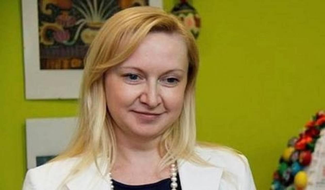 Ποια είναι η ξανθιά, κρυφή ερωμένη του Γιανουκόβιτς