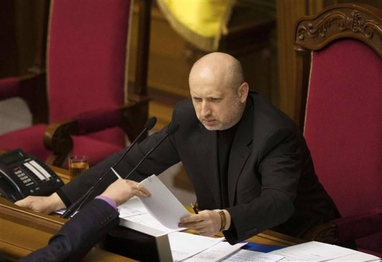 Ο Τουρτσίνοφ ανησυχεί για αποσχιστικές τάσεις στην Κριμαία