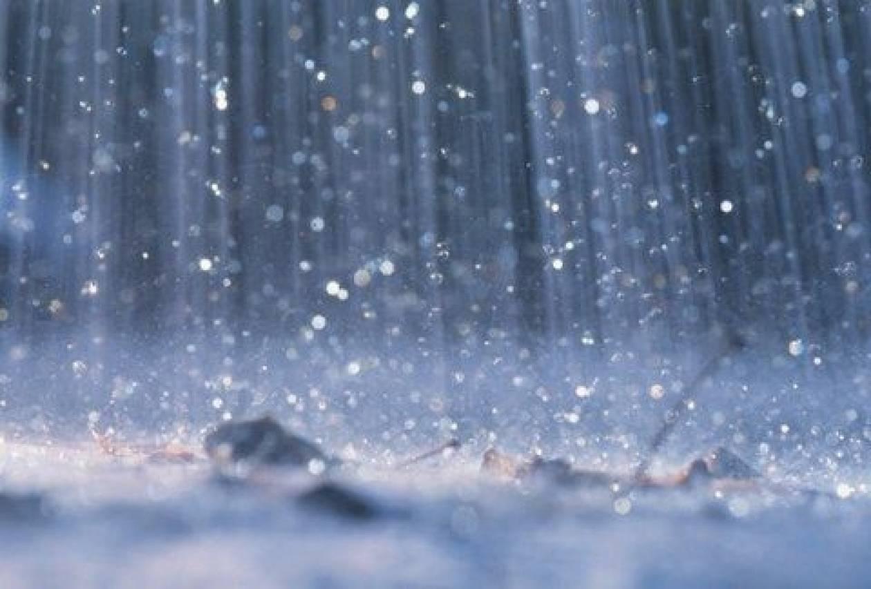 Συννεφιά και τοπικές βροχές την Τετάρτη