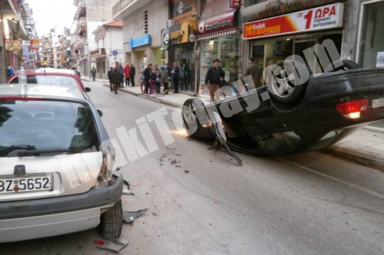 Ξάνθη: Αυτοκίνητο... τούμπαρε στη μέση του δρόμου
