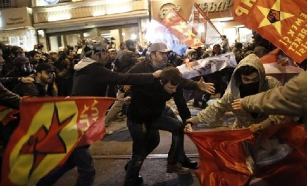 Η αστυνομία διέλυσε αντικυβερνητική διαδήλωση στην Κωνσταντινούπολη