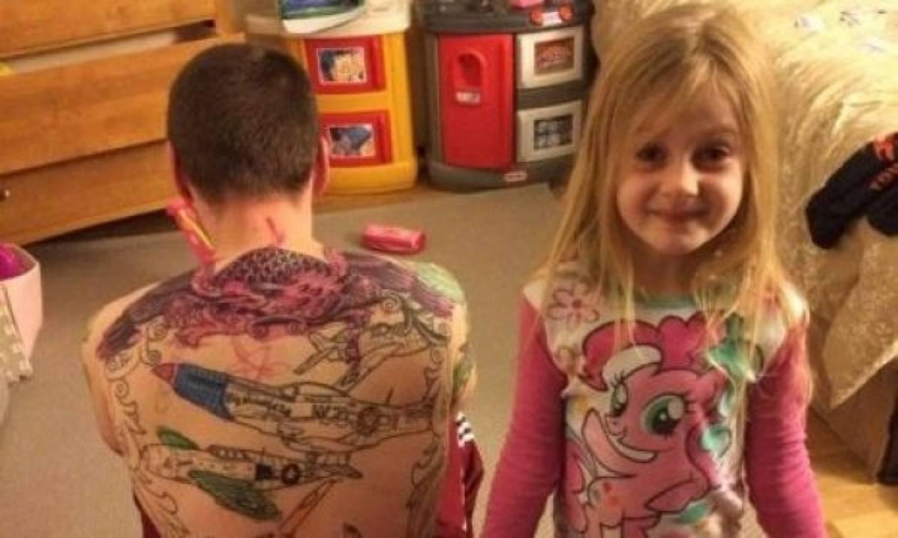 Πώς βλέπουν τα παιδιά τους ανθρώπους με τατουάζ;»
