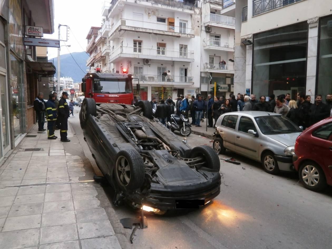 Ξάνθη: Κι όμως ο οδηγός του αυτοκινήτου δεν έπαθε τίποτα (pic)