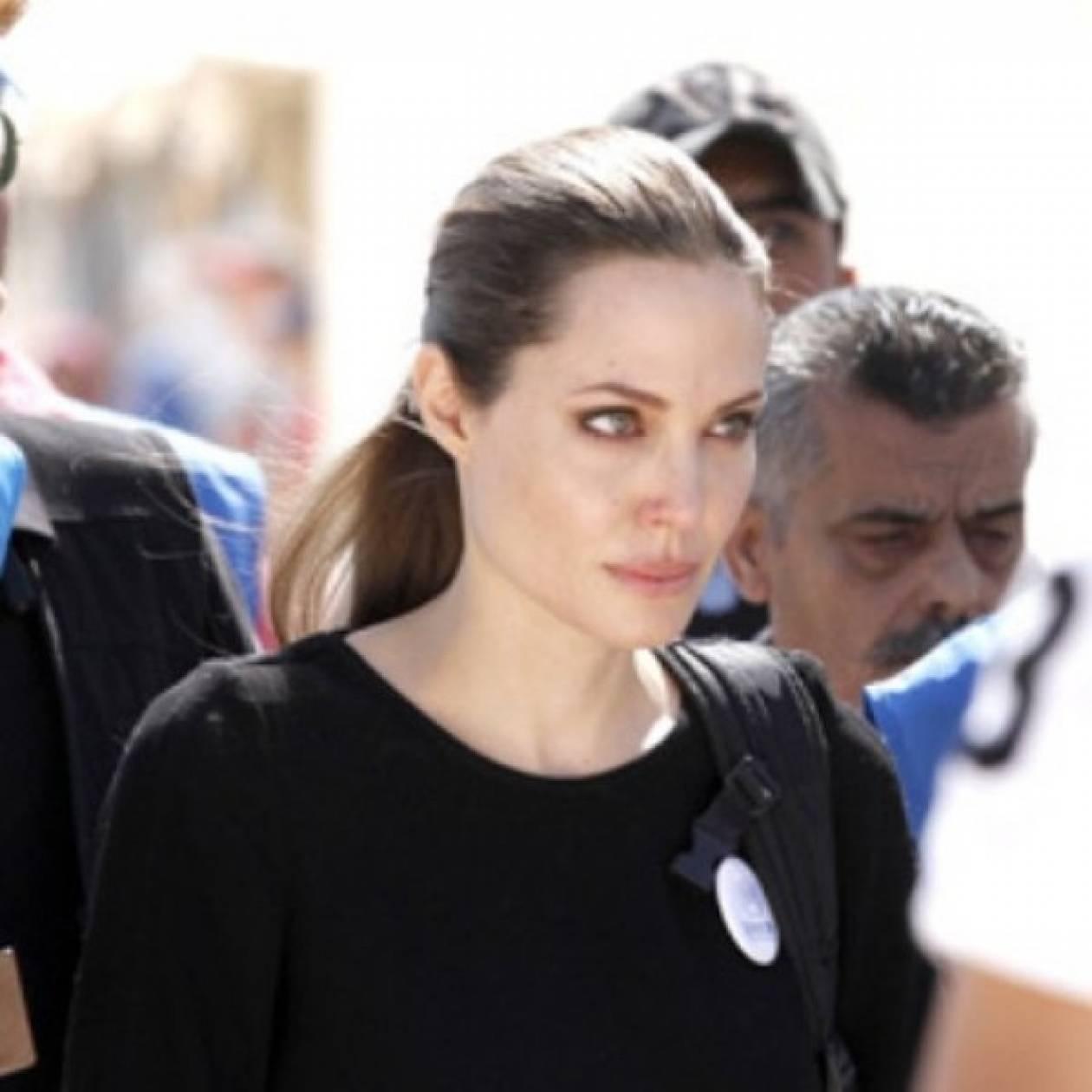 Angelina Jolie: Από το κόκκινο χαλί σε καταφύγιο προσφύγων στο Λίβανο